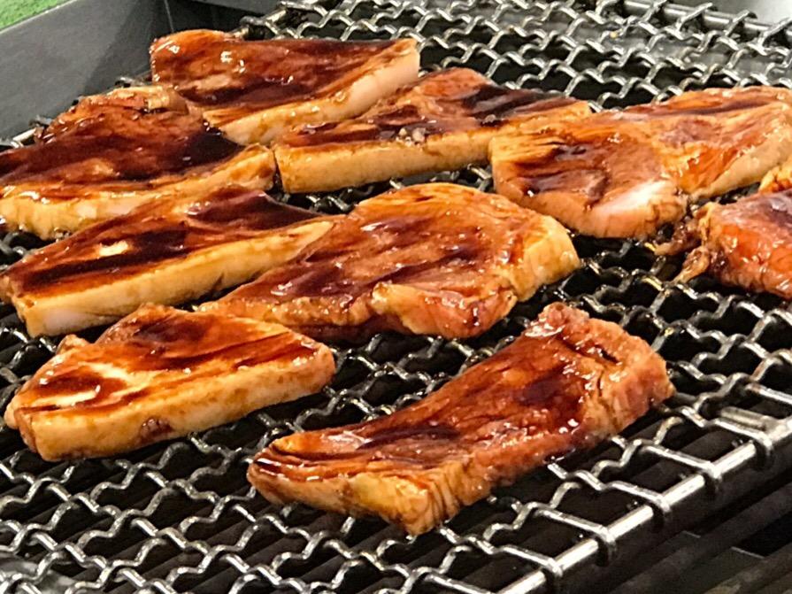 ゆうたく豚丼
