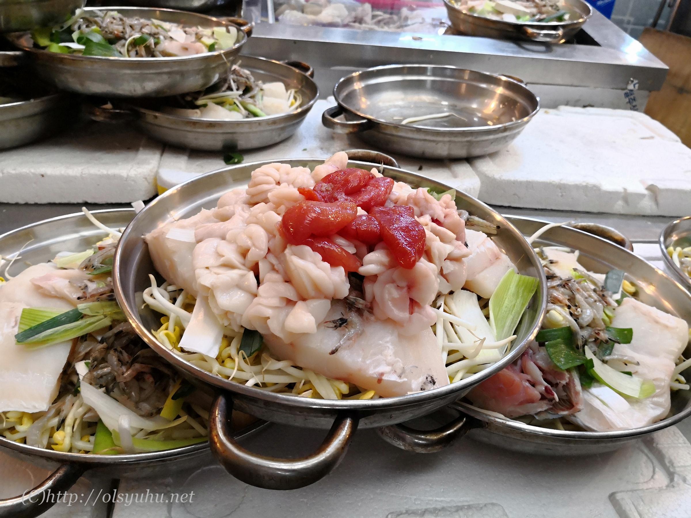 韓国グルメ広蔵市場たら白子鍋