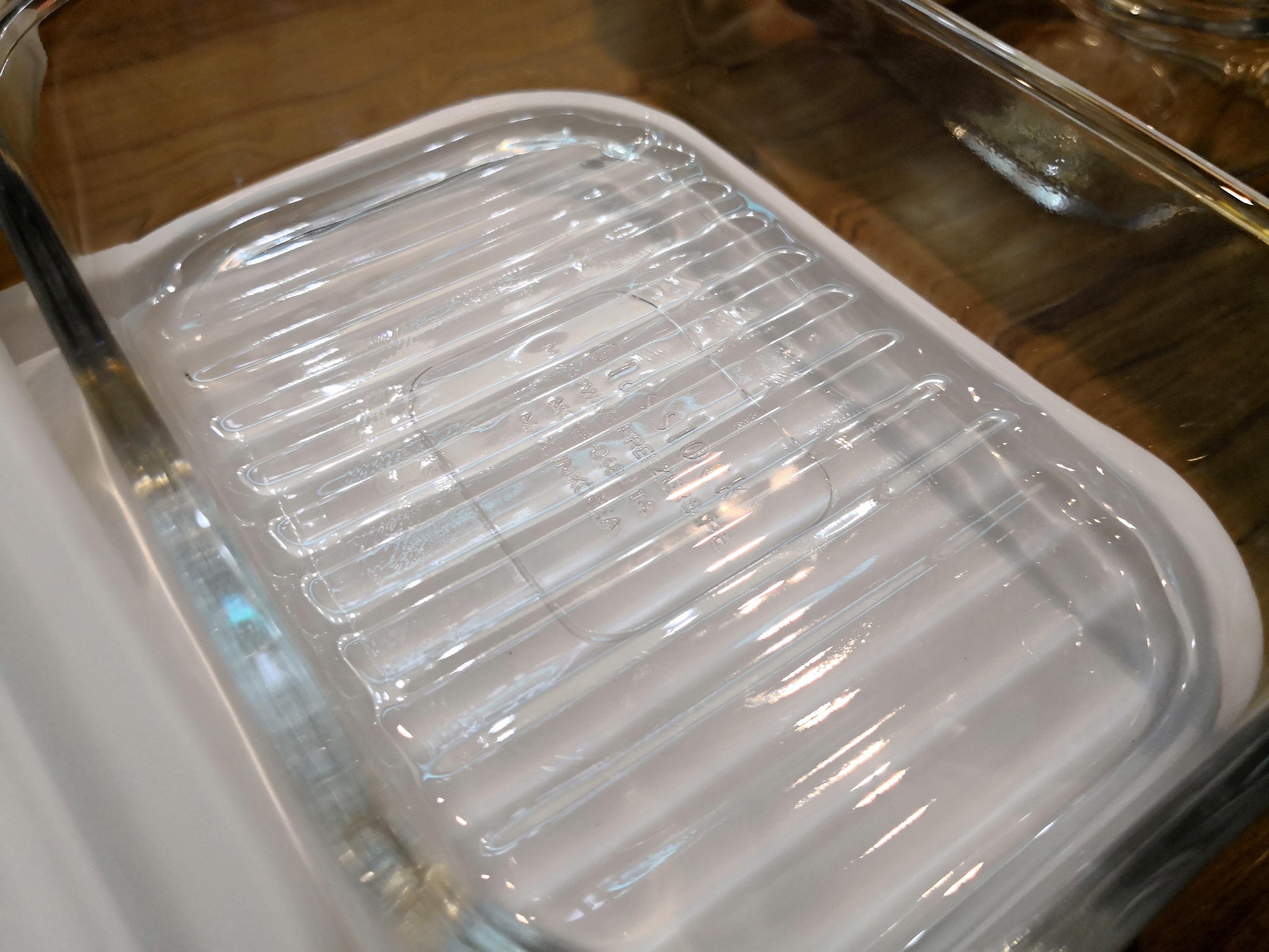 冷凍したときに食材がはがれやすいようになっているグラスロックの保存容器
