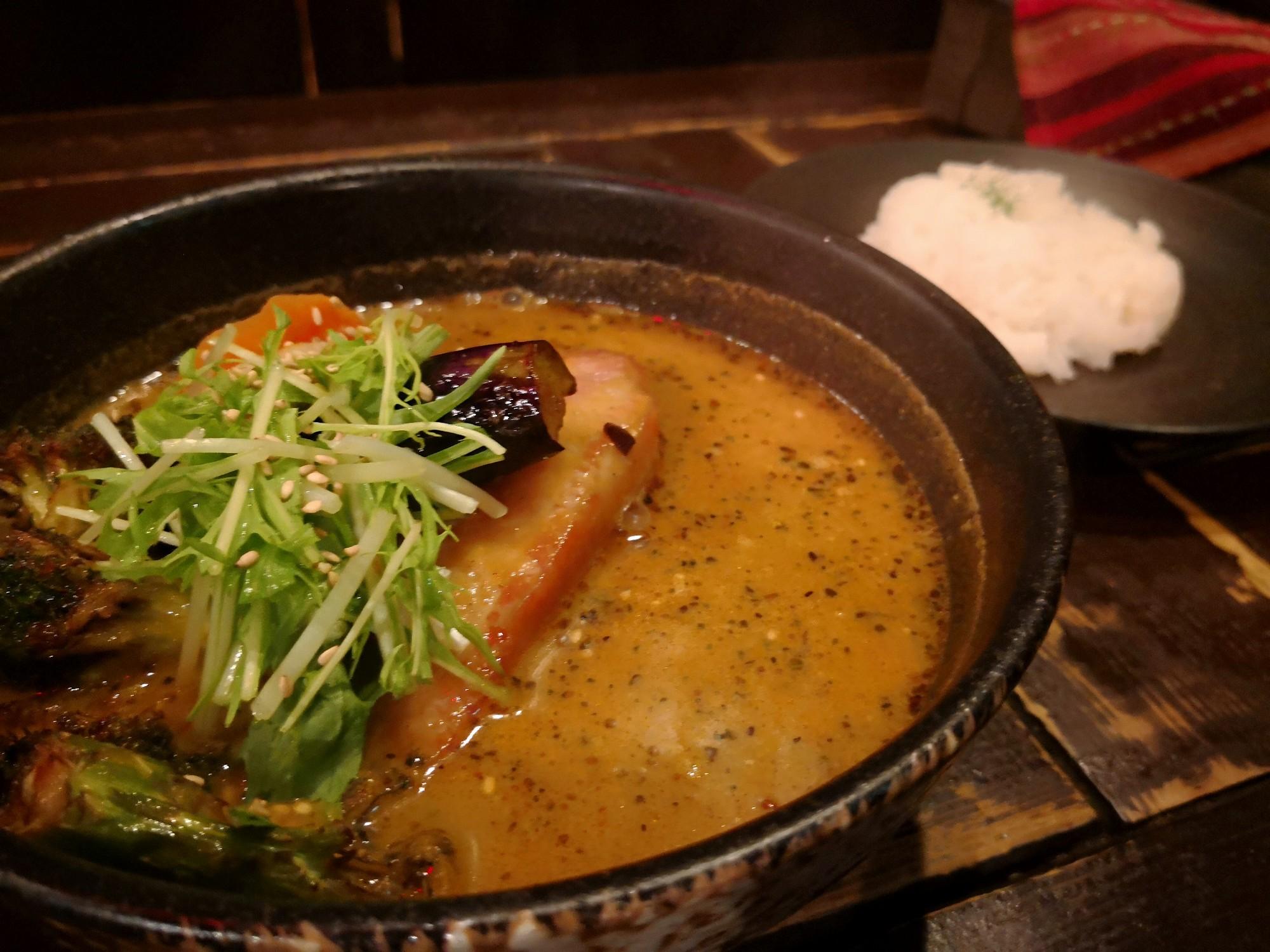 札幌駅近く スープカレー人気店 ヒリヒリ