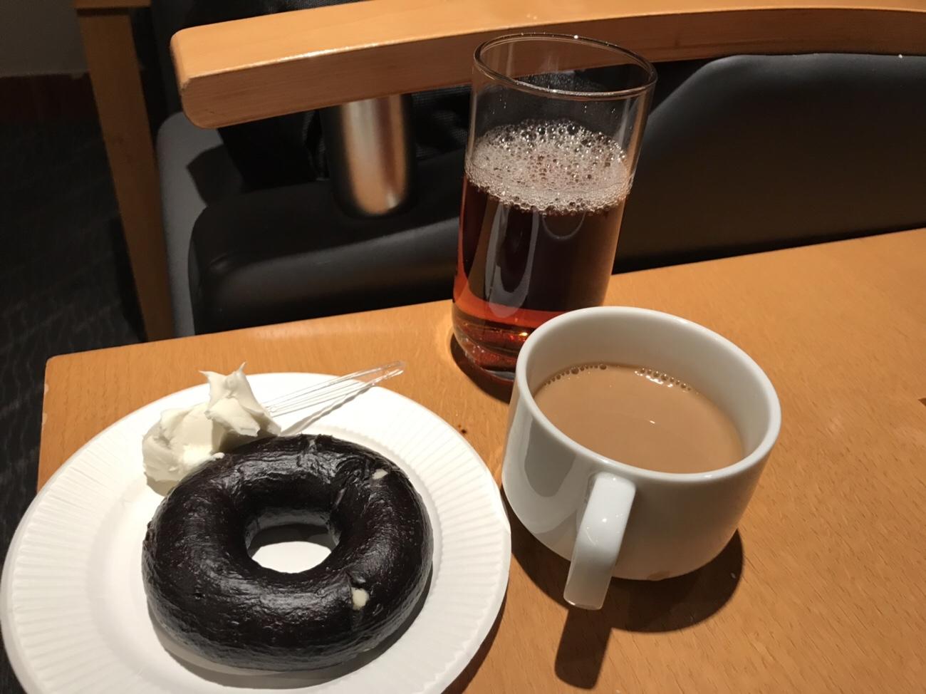 羽田空港ラウンジ 無料の朝食 ANA側