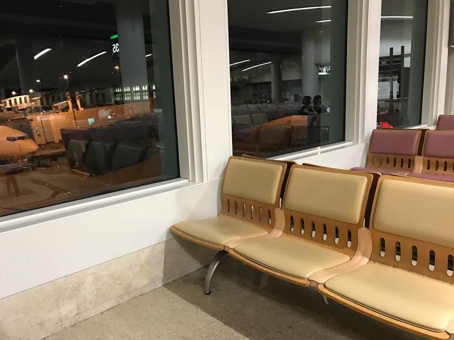 那覇空港での過ごし方 ギャラクシーフライト搭乗記ブログ