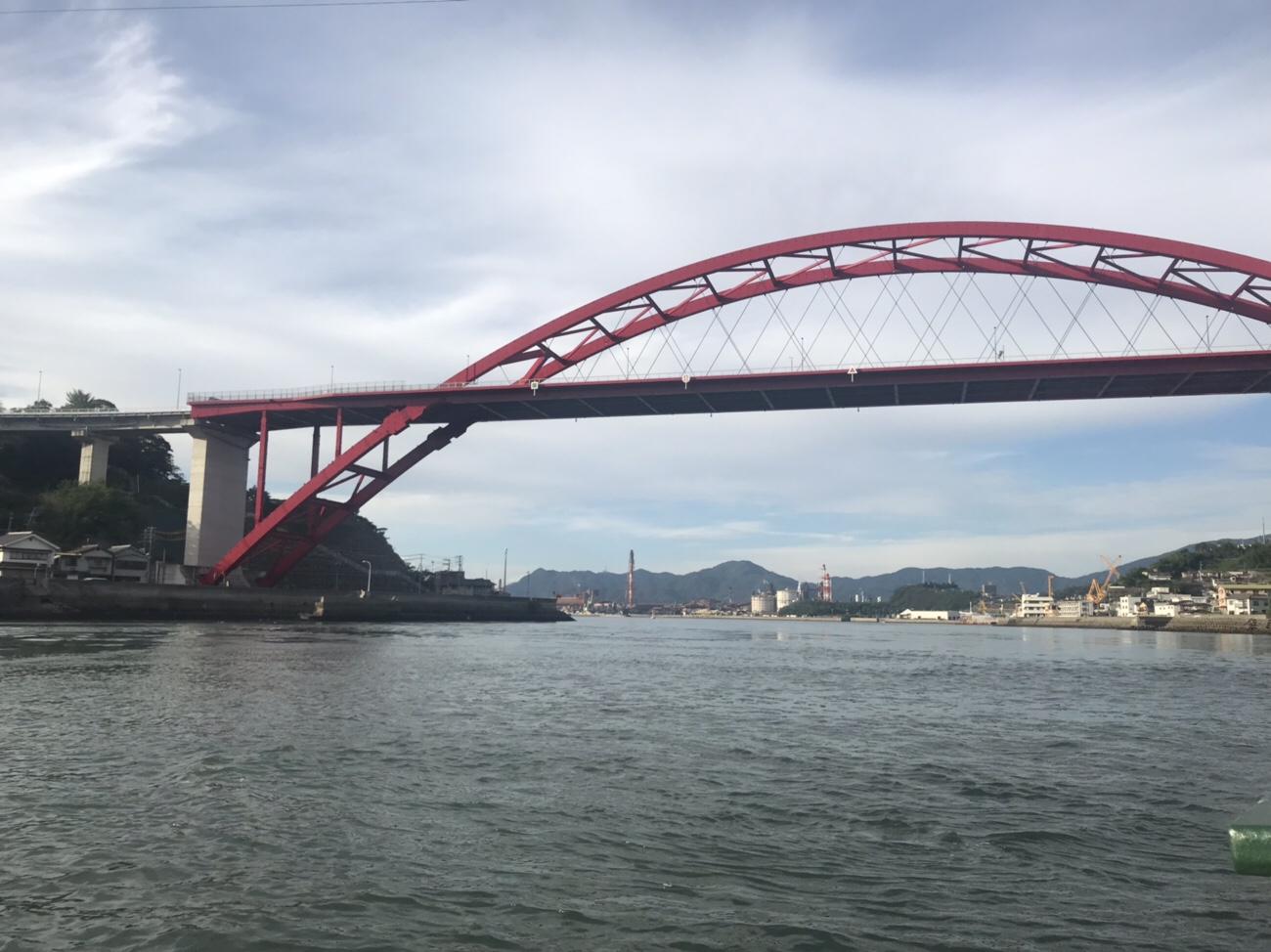 音戸渡船から観る音戸大橋