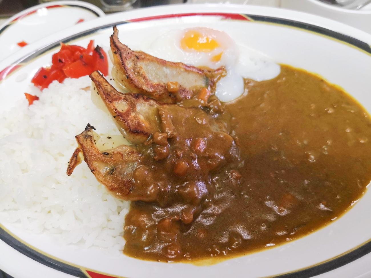 札幌グルメおすすめ すすきの 餃子カレーのみよしの