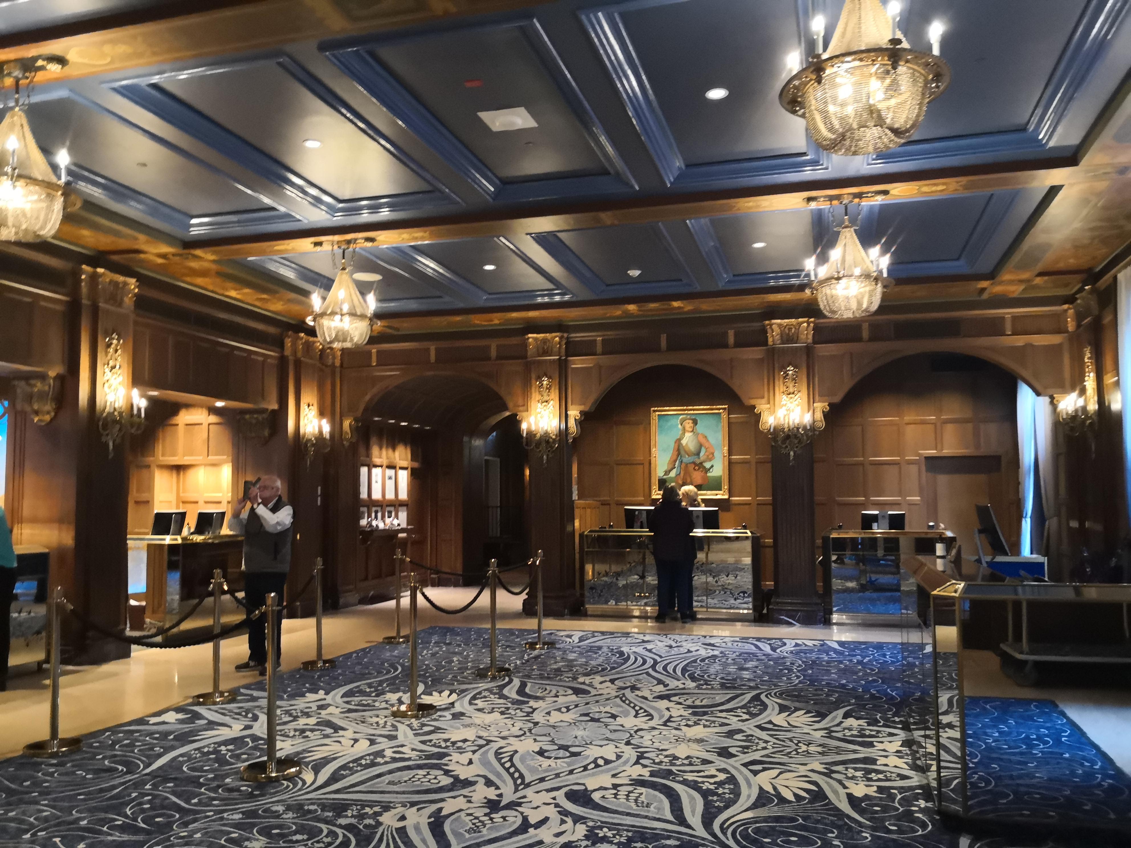 ケベック観光おすすめホテルシャトーフロンテナック