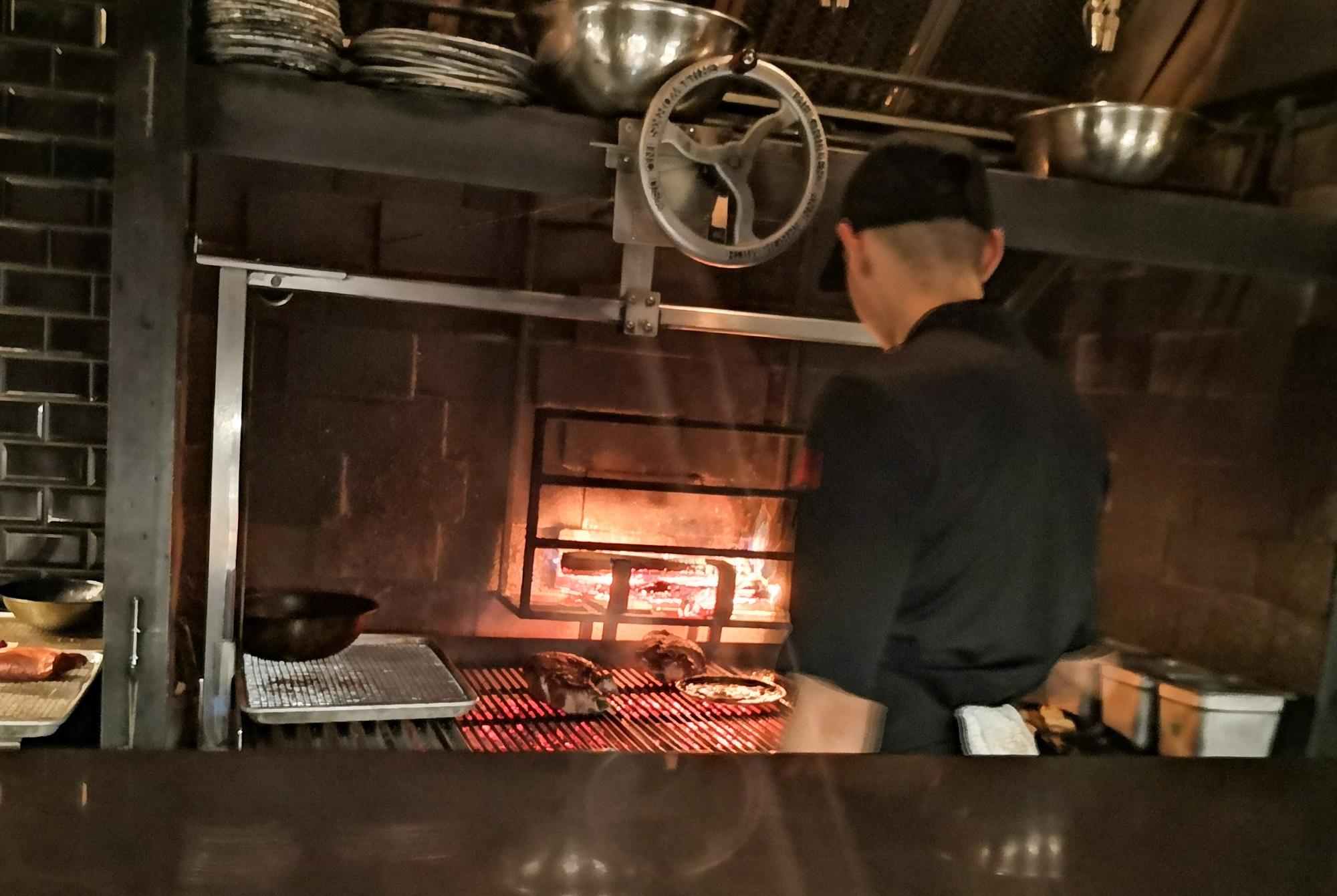 薪焼きグリルがおすすめ モントリオール フォクシー