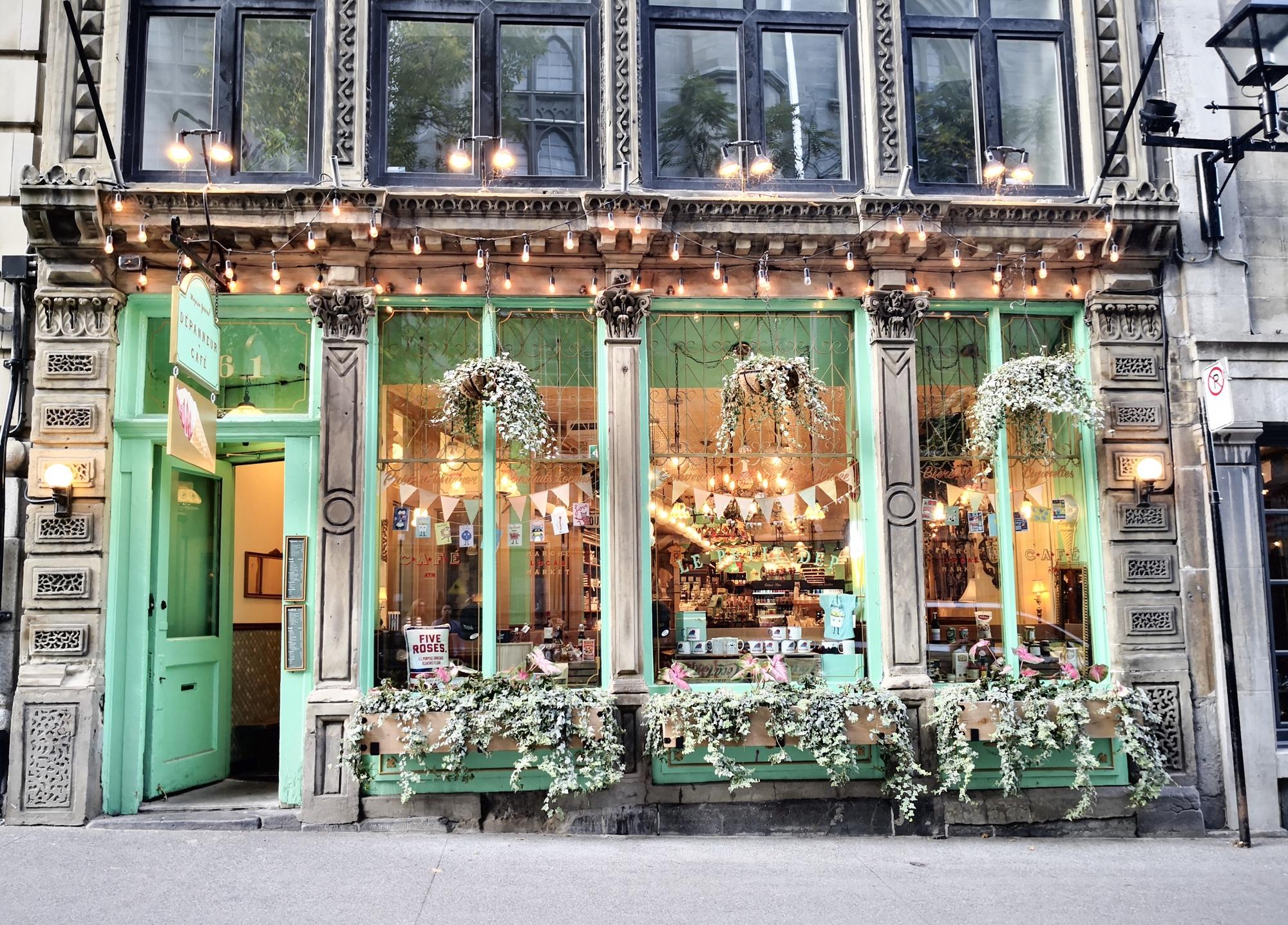 カフェ&お土産店 モントリオール