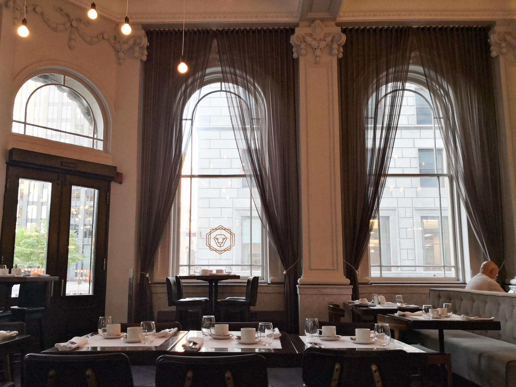 朝食ビュッフェが美味しいモントリオールのレストラン ブラッセリ701