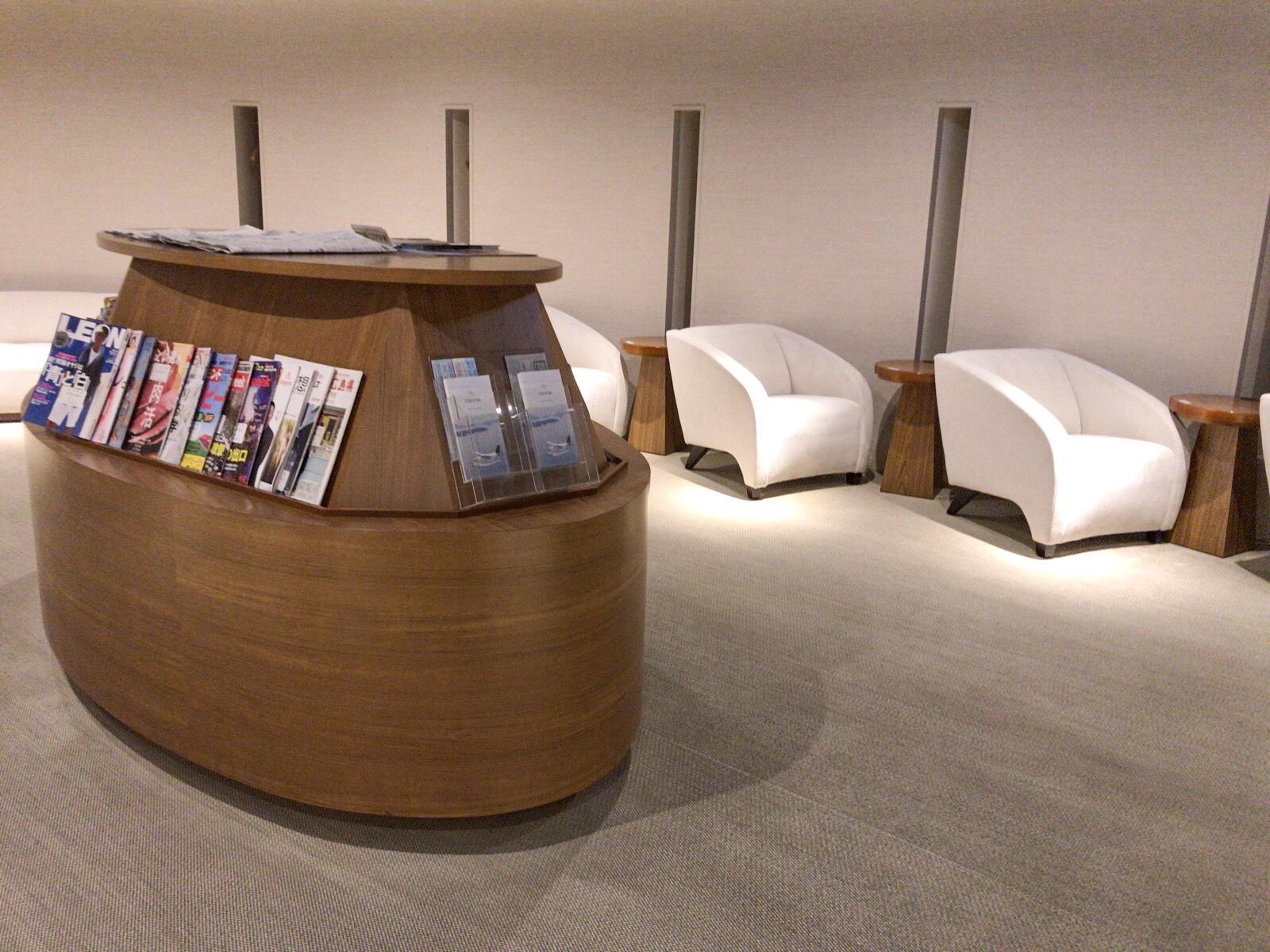 入り口の写真 広島空港カードラウンジ